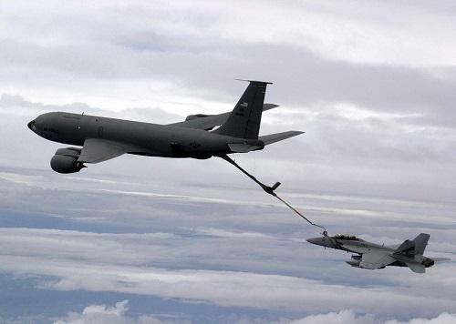 F-18 Superhornet refuels in flight from KC-135 supertanker