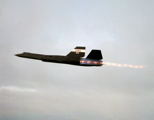 The SR-71 Blackburn with full afterburners on
